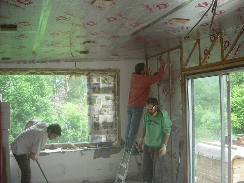 Insulating-Sitting-Room