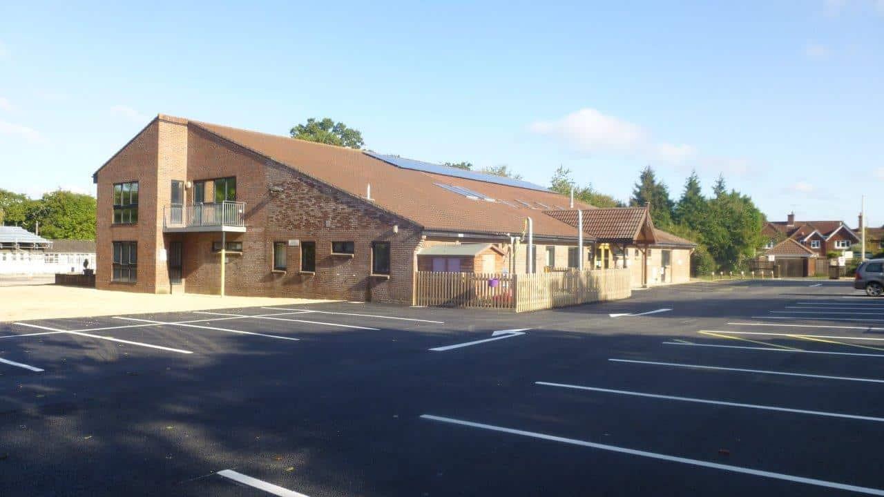 frontofbuilding - brockenhurst village hall